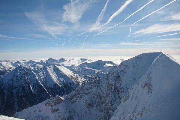 Blick vom Gipfel Kutelo