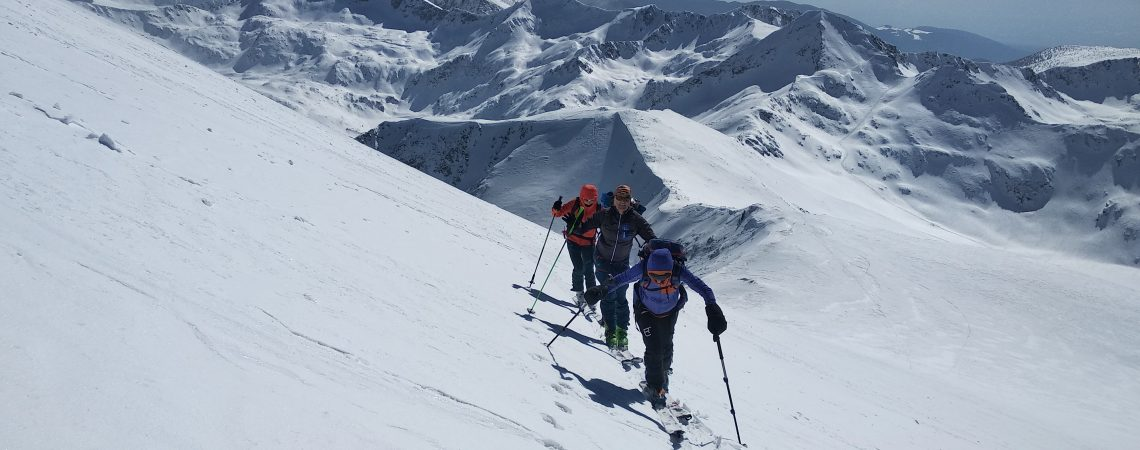 Ascending mt.Vihren, Backcountry skiing in Bulgaria