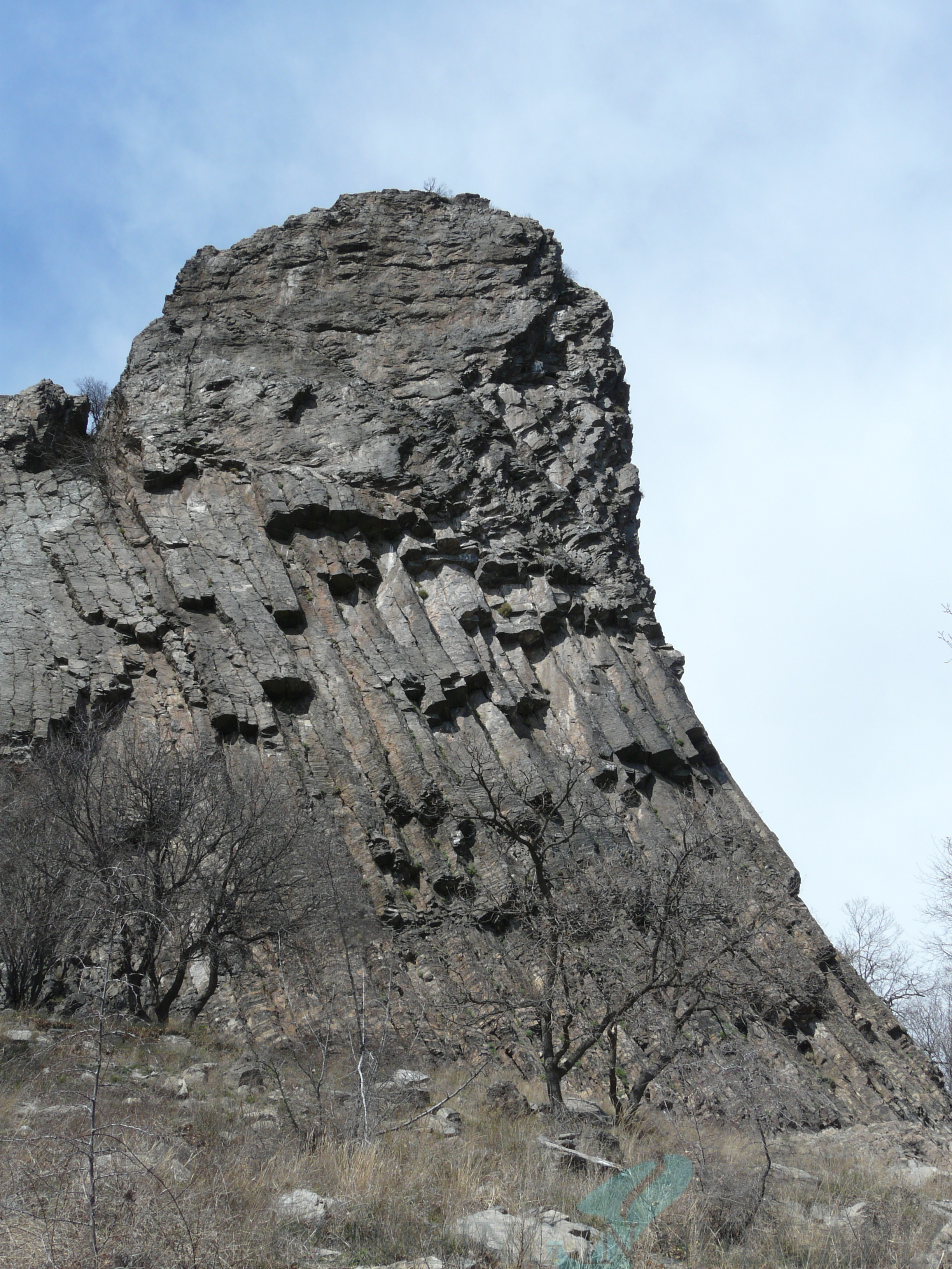 One of the towers of Momina skala